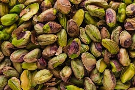 How Healthy Are Pistachios for Chickens