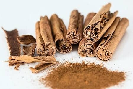 Health Benefits of Cinnamon for Chickens